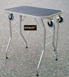Amalie Trimmtisch mit großen Rollen 60 x 85 x 80cm -Qualität Made in Denmark-